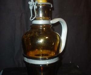 glazen bierkruik,metalen handvat,beugelsluiting, 1ltr