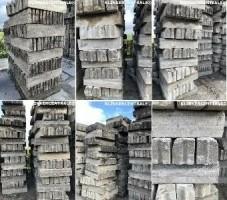 18337 Diverse maten gebruikte opsluitbanden betonbanden sto…