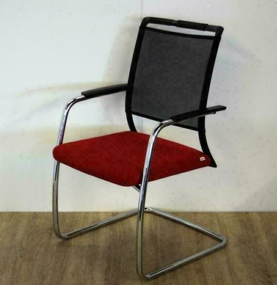 Comforto Röder vergaderstoelen, slede-stoelen, stapelbaar