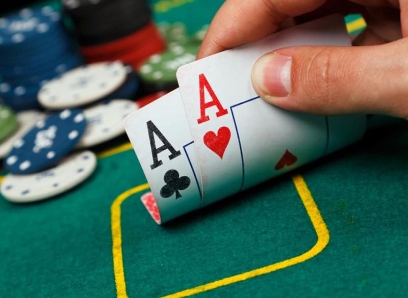 Pokertoernooi en Pubquiz bij Cafe Bar het Zwaantje