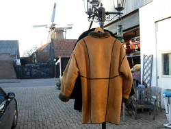08ae2c613a0 Nieuw Vero Moda jasje maat S. € 20 Suede/Lammy vachtjas (XL) Oudeschild