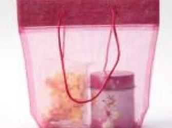 Traktatie zakjes, tasjes en buideltjes van stof