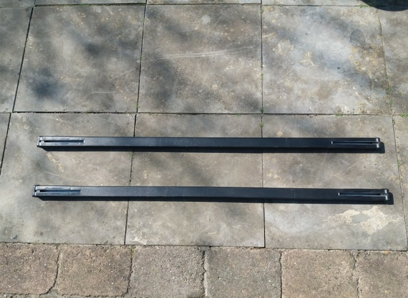 set van 2 dakdrager rails - 102 cm