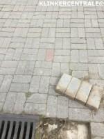 19120 ROOIKORTING 720m2 grijs betonklinkers straatstenen ge…