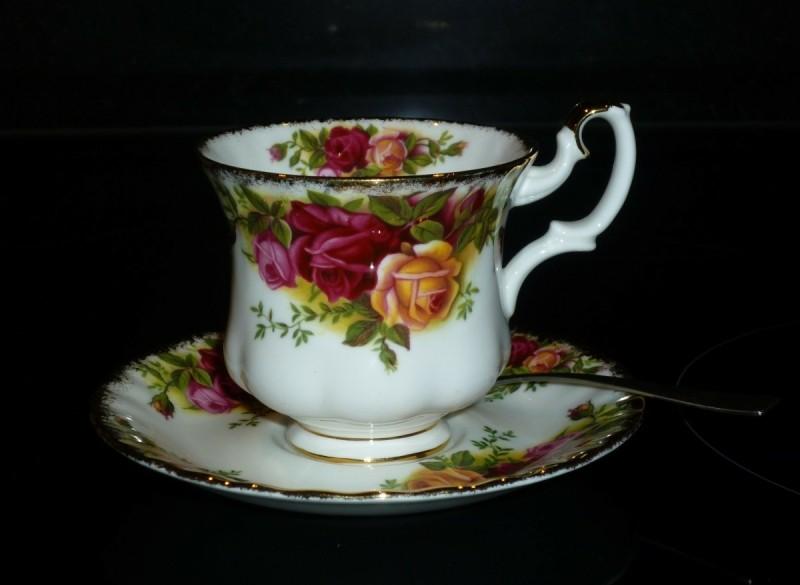 Royal Albert Old Country Roses