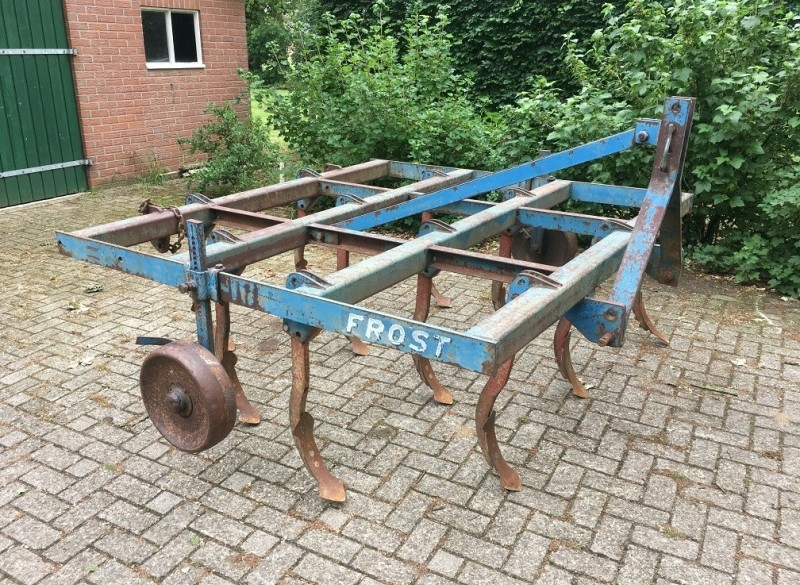 Frost vaste tand cultivator