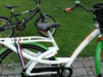 Pascal Damen biedt BMX fiets aan