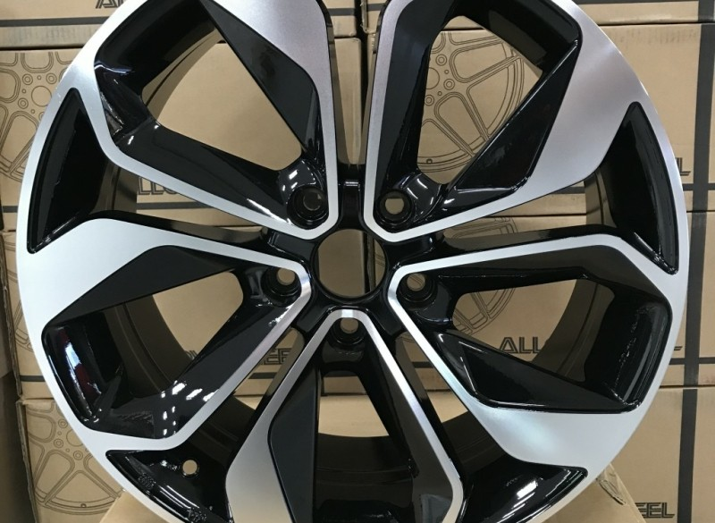 18 Velgen Tbv Renault Megane Zwart Gepolijst 5x1143 66