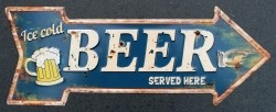 """Tekstbord: """"Ice cold beer served here"""""""