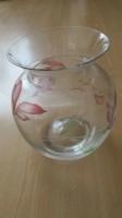 Mooie vaas van glas met bloemenopdruk