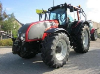 Valtra T161 Advance, frontlinkage