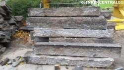 19294 Authentieke granietbanden 170m1 grijs met spikkel ops…