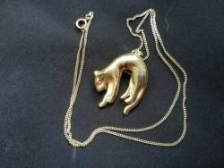 te Koop 14 karaats gouden ketting met hanger