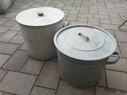 Te koop 2 zinken ketels
