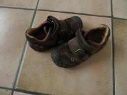 E 2  Stoere, leren schoenen, maatje 28