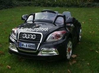 Sportauto 12V 1 persoons + Afstandsbed & MP3-Aansl