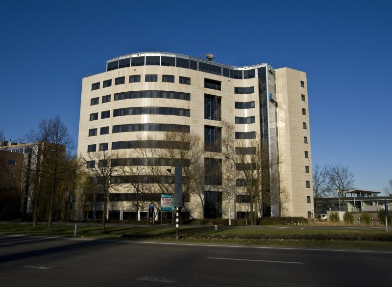 Te huur  Kantoorruimte Bergweidedijk 10-48 Deventer