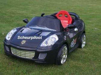 Stoere Sportauto 1 persoons 6V + RC *~*NIEUW*~*