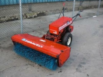 GRAVELY PROFESSIONAL 12 VEEGMACHINE