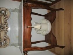 oude toiletmeubel