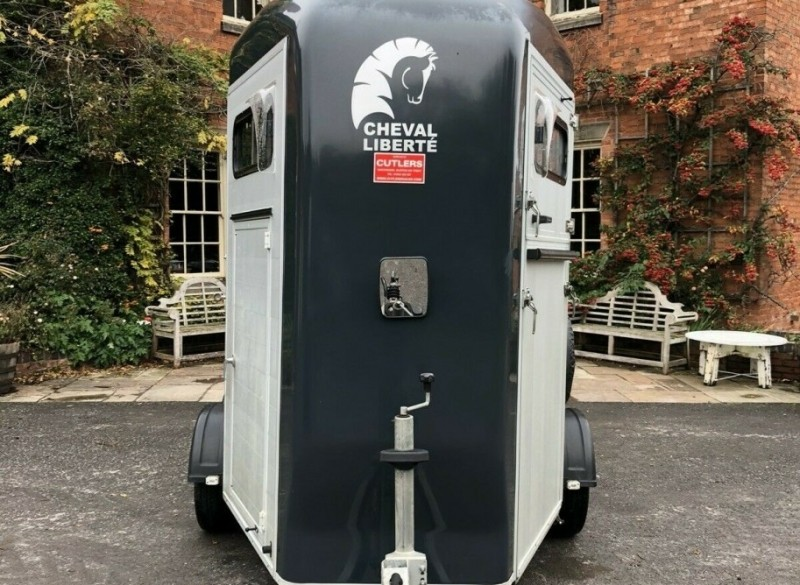 2016 Cheval Liberte Gold Touring - paardentrailer