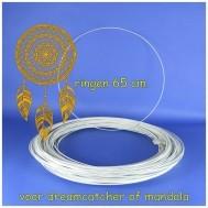 Ringen 65 cm. wit voor mandala,s.