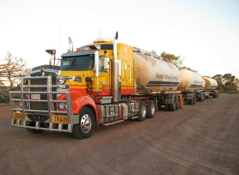 Vrachtwagenchauffeur met CE en Code 95