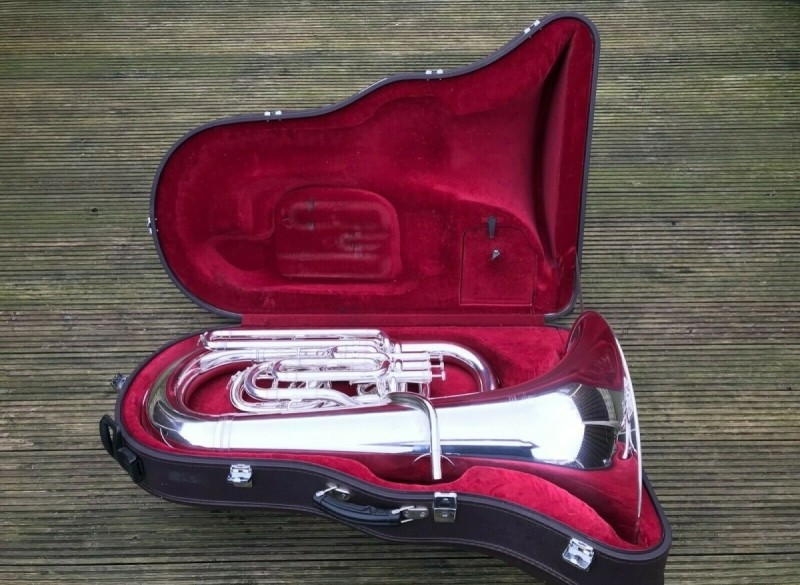 Besson Sovereign BE981-2 EEb Tuba