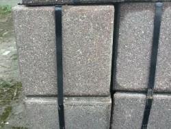 14992 grijs of rood betontegels tuintegel terrastegel stoep…