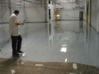 vloeistofdichte vloeren voor werkplaats en garage