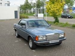 Mercedes 230 C coupe 1978 in nette staat