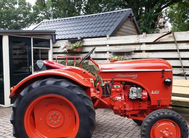 oldtimer Hanomag R425 Tractor