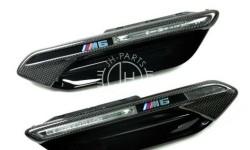 Carbon fender trim BMW M6