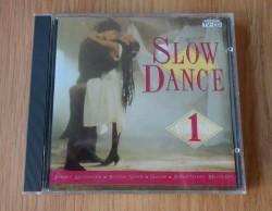 """De originele verzamel-CD """"Slow Dance Volume 1"""" van Arcade."""