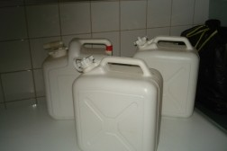 drinkwater containers