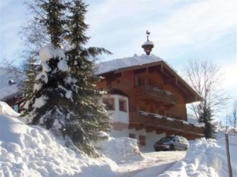 Wintersport Oostenrijk? Catered luxe chalet!