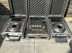 Pioneer DJ Set-up 2x CDJ2000 Nexus 1x DJM900 Mixer