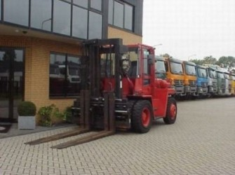 Hyster FORKLIFT 10 TONS