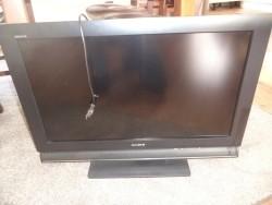 1 grote platte tv merk sony bravia  80cm