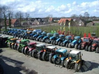 New Holland All Kinds off second hand tractors for sale