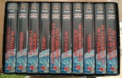 """Serie """"The Great Events Of Our Century"""" in nieuwe VHS-box."""