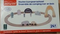 Houten kampeerautoset