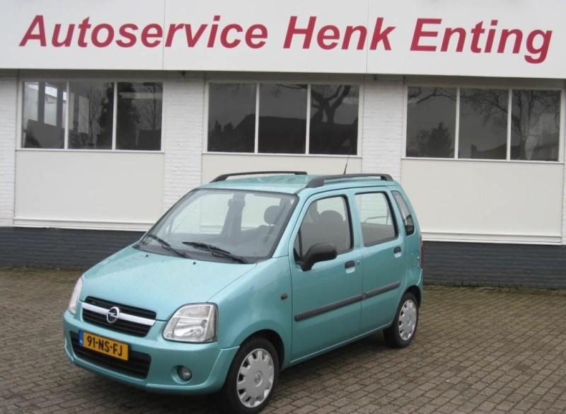 Opel Agila 1.0- 12V Essentia