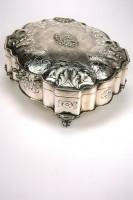 Zilveren sierdoos
