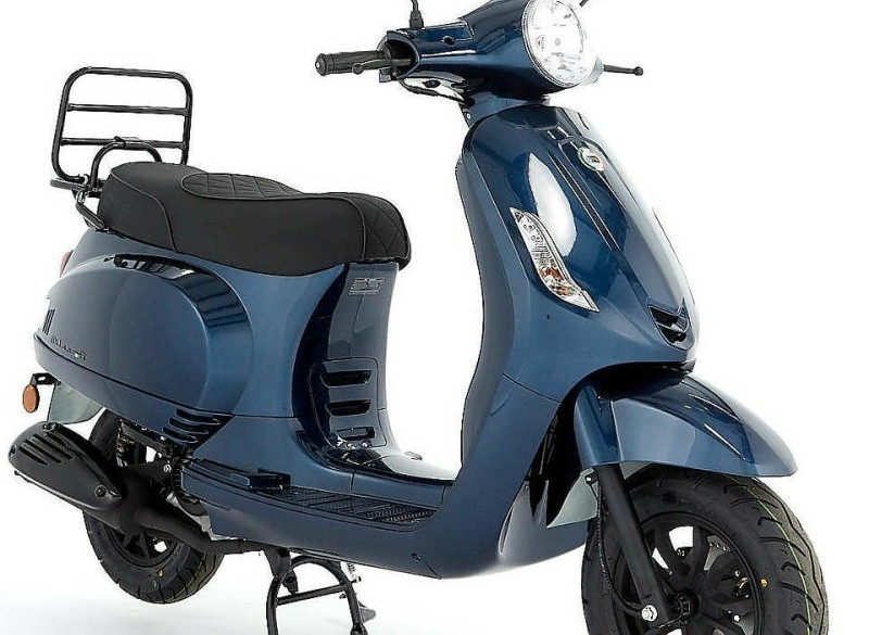 DTS Milano R (E5) (Donker Blauw) bij Central Scooters kopen…