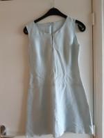 Mooi lichtblauw gevoerde jurk mt XS/S
