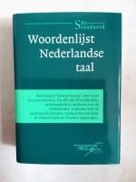 Diverse Nederlandse woordenboeken