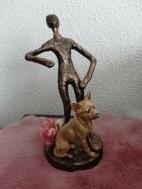 Metalen beeldje als kaarsenhouder met chihuahua hond