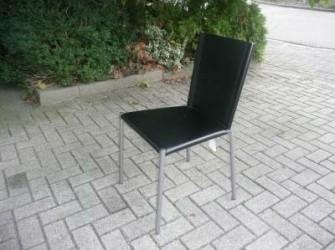 Te koop 2 stoelen met leren bekleding