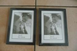 E 2 Fotolijstjes,nog ingeseald, 13x18 cm